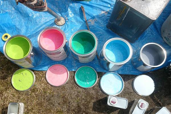 外壁塗料カラフル写真
